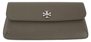Tory Burch Diana Slim Diana French Grayp Valentines Gift Under300 Pillan22 Chicfashions Gift Tory Gifts Slim Wallet Porcini Clutch
