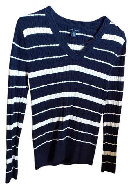 Preload https://img-static.tradesy.com/item/1210704/tommy-hilfiger-navy-blue-with-white-stripes-sweater-0-0-650-650.jpg