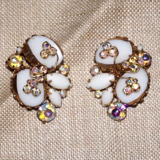 Alice Caviness Vintage Alice Caviness Rhinestone Milk Glass Bracelet Pin Earrings Set