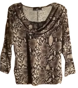 Isabella Rodriguez Cow Neck Lace Trim Top Snake Print