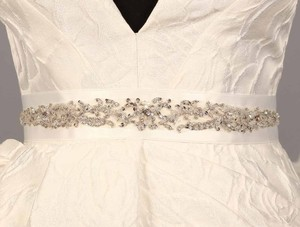 B559 Bridal White Embellished Bridal Sash