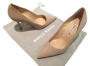Manolo Blahnik Bb Suede Stiletto Nude Tan Cream Pumps