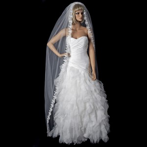 Elegance By Carbonneau Single Layer Cathedral Length Bridal Veil With Scalloping Edge Of Embroidery