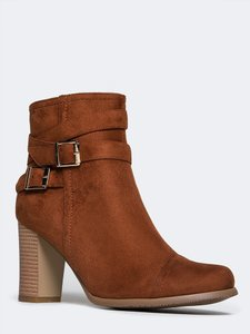 Heart's Collection Brown Boots