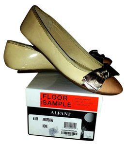 Alfani CREAM/BONE/BRONZE Flats