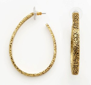Gold Nicole Miller Jewelry Up To 70 Off At Tradesy