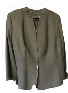 Elie Tahari 3 Piece Suit in Grey