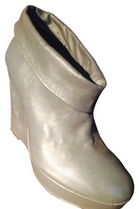 Kelsi Dagger Leather Fold-over Wedge Ankle Grey Boots