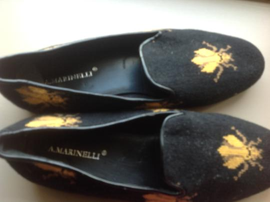 A martinelli Woven Bee Design Black Flats Image 1