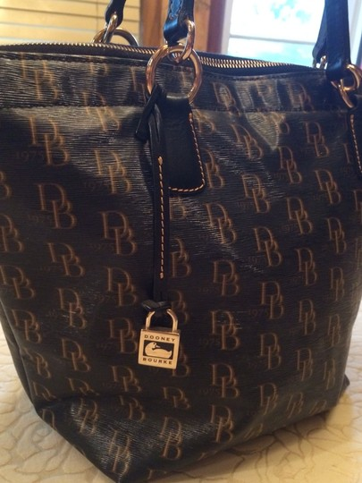 Dooney & Bourke Satchel in Black & Brown
