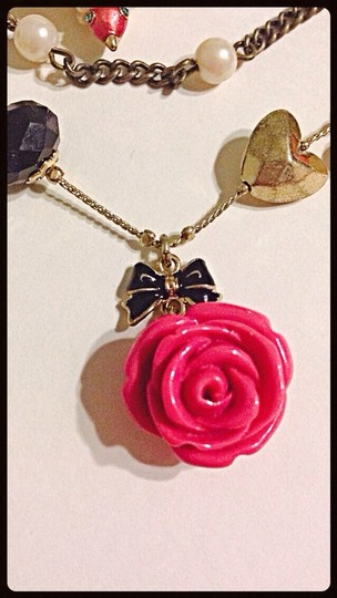Betsey Johnson Betsey Johnson Rose Layer Bird Sparrow Pinup Necklace Image 3