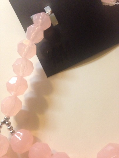H&M H&m pink necklace made in Italy new with tag Image 1