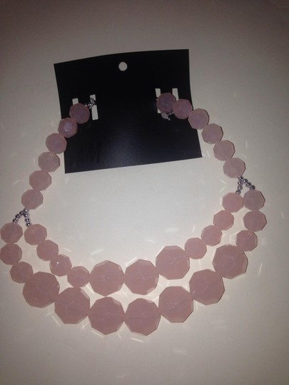 H&M H&m pink necklace made in Italy new with tag