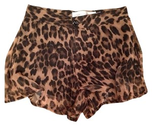 Story of Lola Shorts Leopard Print