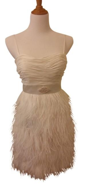 Item - Ivory Ostrich Feather Above Knee Cocktail Dress Size 4 (S)
