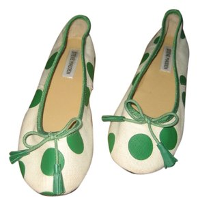 c8e7947c501 Steve Madden Polka Cloth Cream with Green Accents Flats
