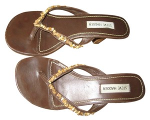 Steve Madden Beach Brown Sandals