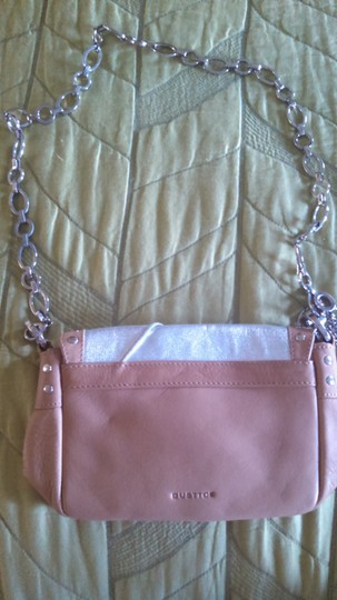 Gustto Camel/Silver Clutch