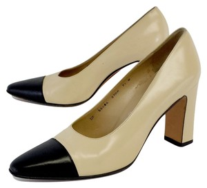 Salvatore Ferragamo Buttercream Black Cap Toe Heels Pumps