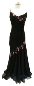 Xscape Embroidered Sleeveless Mermaid Silk Prom/formal Dress
