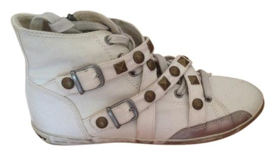 Preload https://item3.tradesy.com/images/rock-candy-rascal-white-941708-sneakers-size-us-75-regular-m-b-1219097-0-0.jpg?width=440&height=440