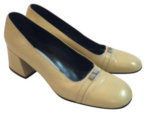 Dolce&Gabbana Made In Italy Leather Pale Yellow Pumps