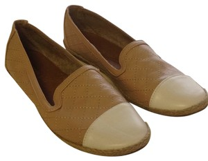Madden Girl Tan & Cream Toe Flats