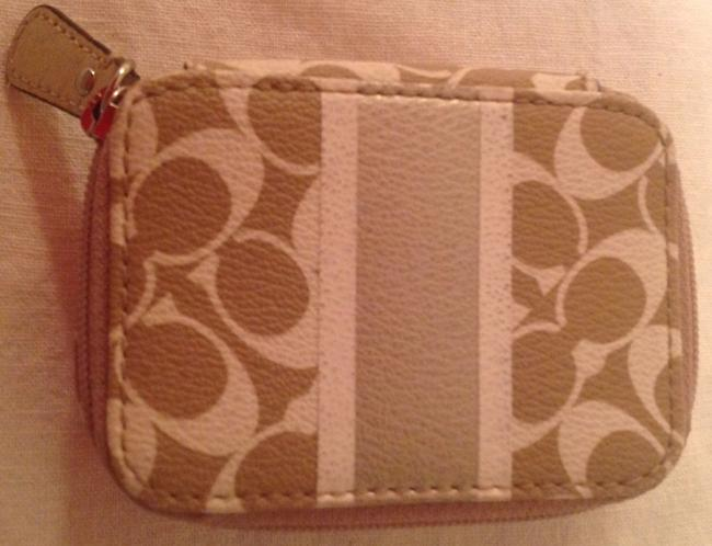 Item - Beige/ Gold/ Tan Pill Or Contact Case Cosmetic Bag
