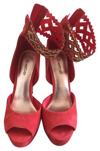 bebe red Pumps