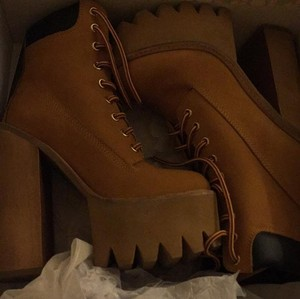 Jeffrey Campbell Tan/wheat/camel Boots