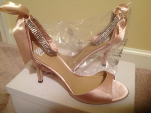 BHLDN Pink Satin Heel Pumps Size US 8 Regular (M, B)