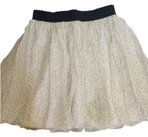 Dolce&Gabbana D&g Dolce & Gabbana Size 40 Silk Mini Skirt white with tiny black stars