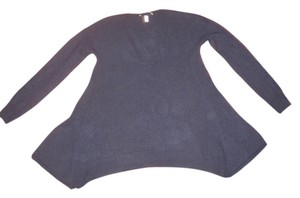 Autumn Cashmere Flared Swing Style V-neck Sweater