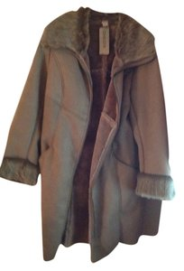 Chico's Gray with gray faux lining. Jacket
