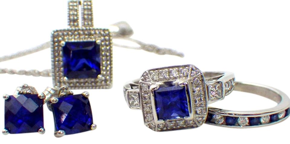 Jared White Gold Diamond Sapphire Set 18k  68 Carat - 5 Piece Set Ring 86%  off retail