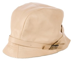 Gucci Tan Beige Gucci leather hat logo