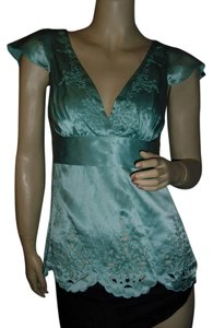 BCBGMAXAZRIA Top aquamarine or seafoam as pictured