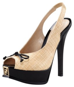 Fendi Straw, black Pumps
