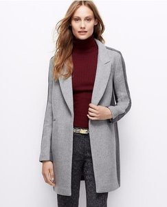 Ann Taylor Gray Notch Collar Coat