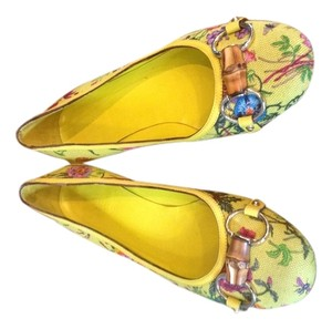 Gucci Yellow garden Flats