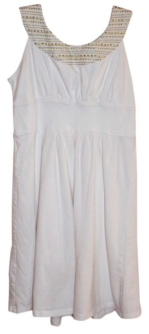 Preload https://item5.tradesy.com/images/mark-white-with-gold-thread-above-knee-short-casual-dress-size-4-s-1221544-0-0.jpg?width=400&height=650