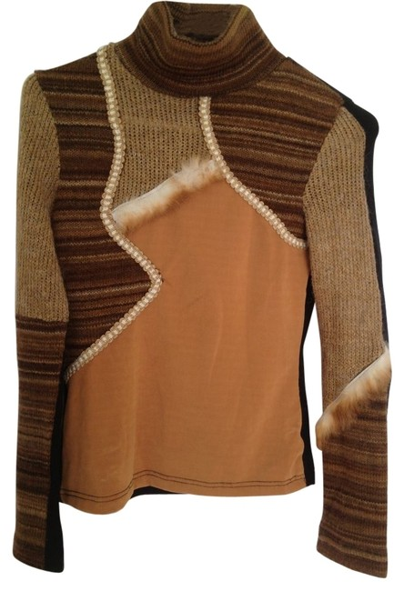 Preload https://item3.tradesy.com/images/tan-brown-beige-sweaterpullover-size-4-s-12222-0-0.jpg?width=400&height=650