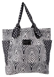 Marc by Marc Jacobs Tote in Black and White