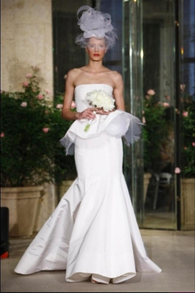 Oscar de la renta 12n34 peplum wedding dress on sale 79 for Where to buy oscar de la renta wedding dress