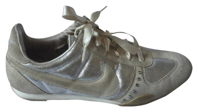 Item - Nude and Silver Swarovski Studded Sneakers Size US 7 Regular (M, B)