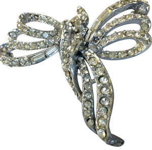 Creative designs by appealinglady Rhinestone Vintage Bow Brooch