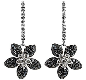 ABC Jewelry Black Diamond Flower earrings