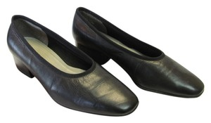 Naturalizer Size 7.00 (us) Wide Width Leather Good Condition Black Pumps
