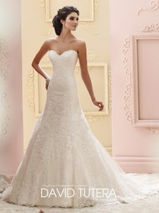 215265 - Katharine Wedding Dress