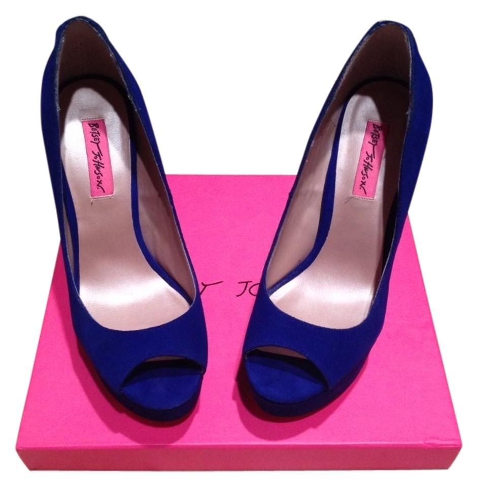 555dfab6dbb Blue Sita Pumps